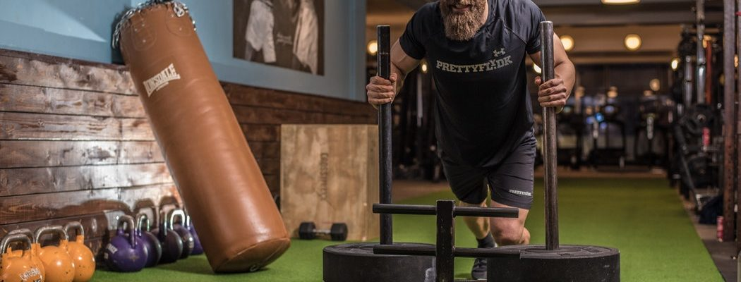 Seven tips to help men stay safe in the gym